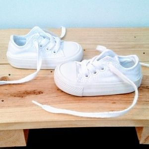 Baby Girl White Out Converse